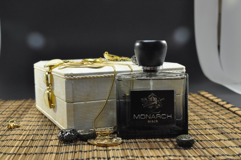 Grand Monarch Black Perfume for Men - Eau de Toilette, 80ml